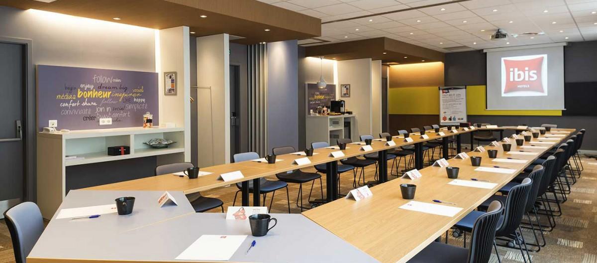 Ibis paris 17 clichy batignolles bienvenue for Tejas dining room at t conference center