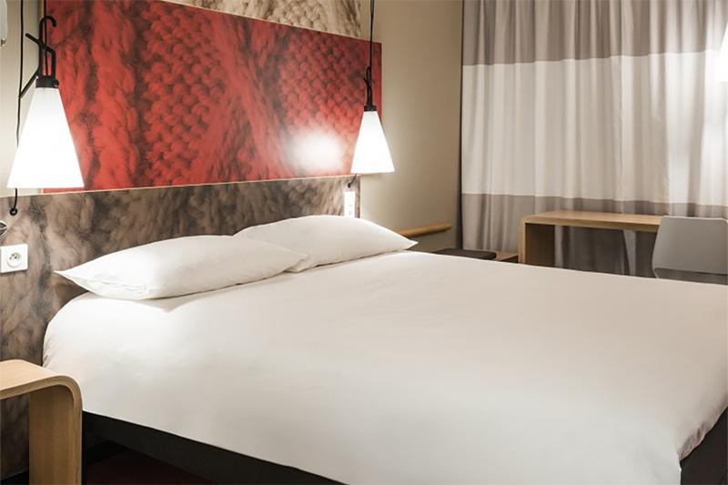 ibis paris 17 clichy batignolles bienvenue. Black Bedroom Furniture Sets. Home Design Ideas