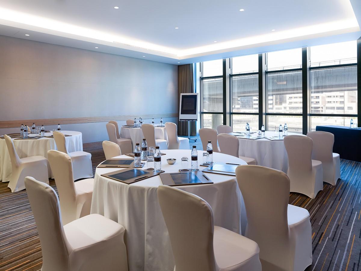 gallery_Meeting-Room-Banquet-Mtg-Set-Up.jpg