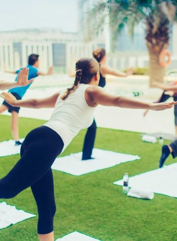yoga-class-on-the-rooftop