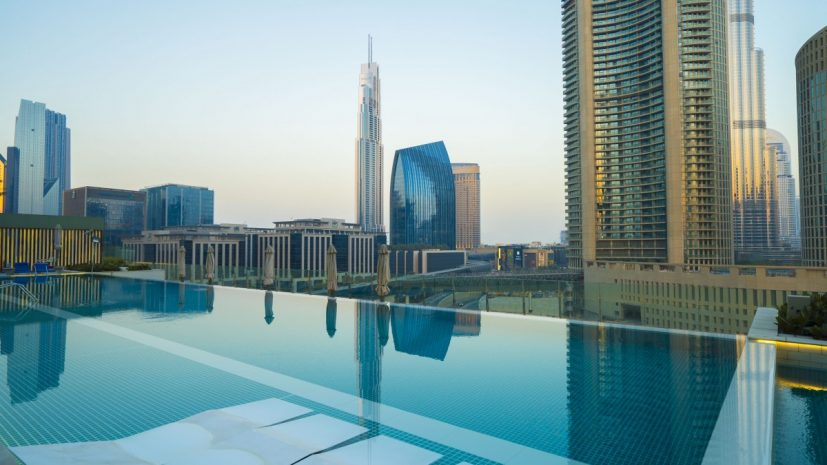 arturo-pool-of-sofitle-dubai-downtown