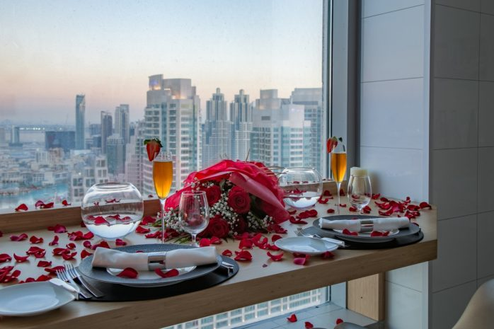 sky-table-for-valentines