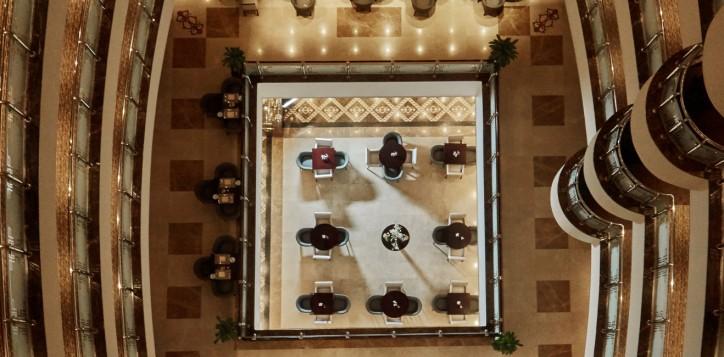 atrium-lobby-cafe