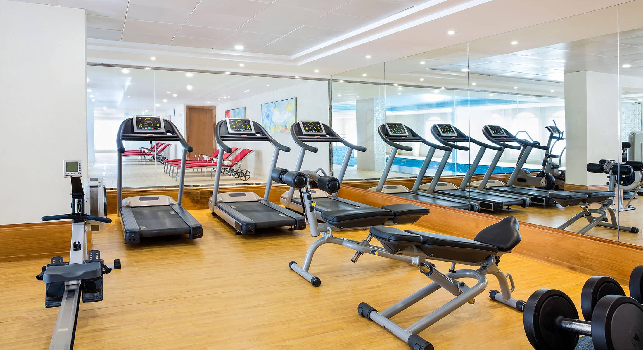 gym-indoor-pool