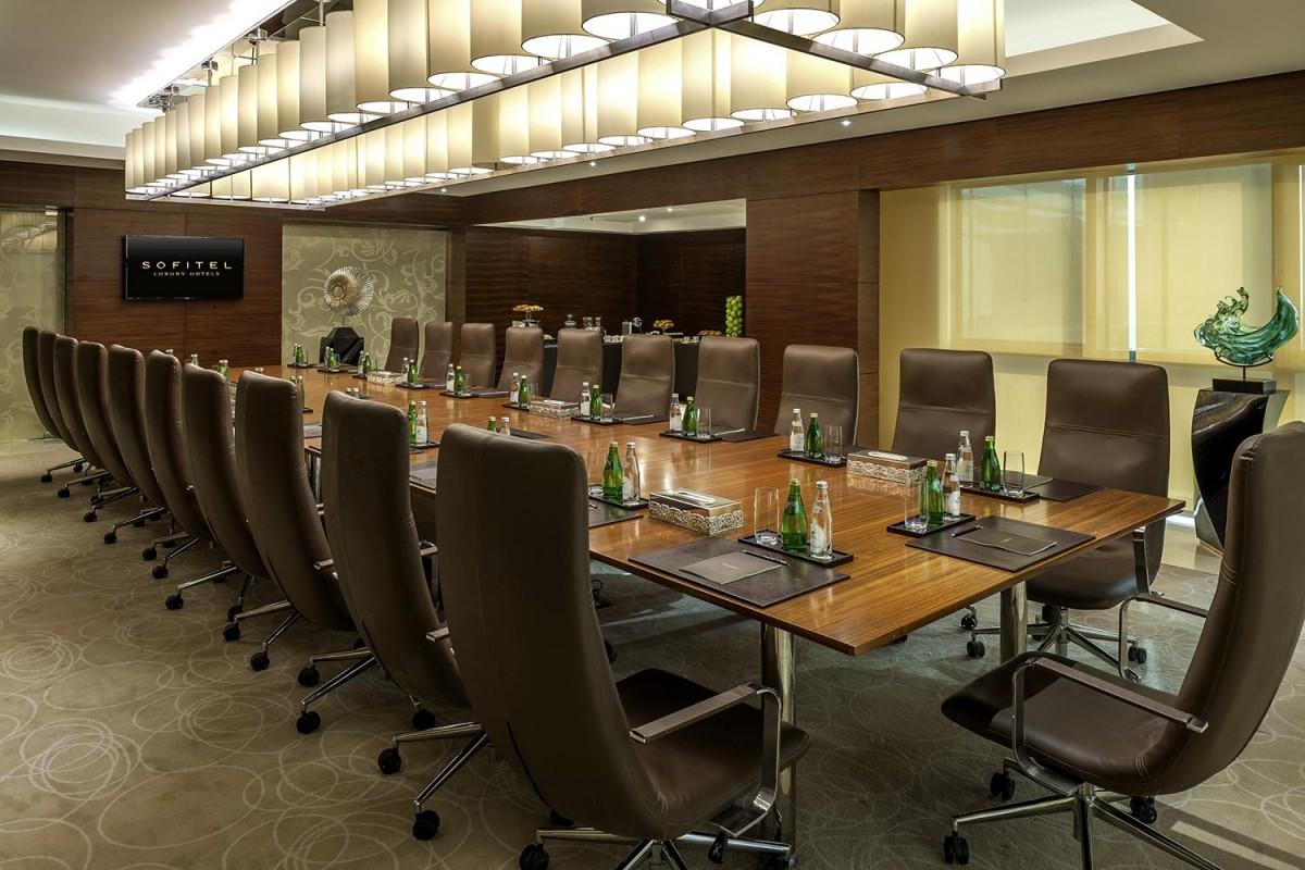 gallery_Jade-Meeting-Room2.jpg