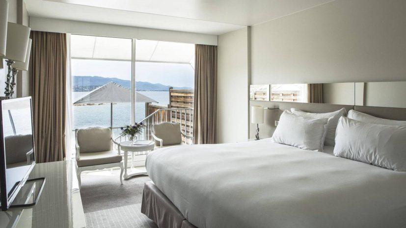 chambre-deluxe-terrasse-vue-mer