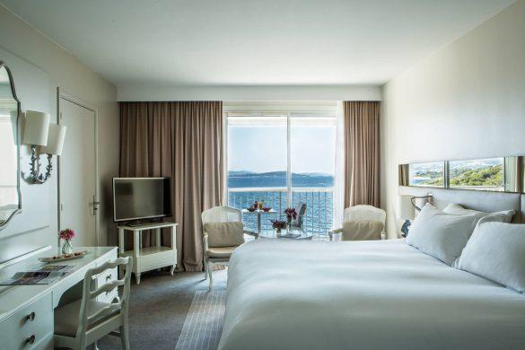 chambre-classique-avec-balcon-vue-mer