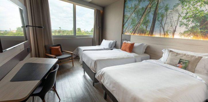 apartamento-superior-2-camas-de-solteiro-e-cama-auxiliar-min