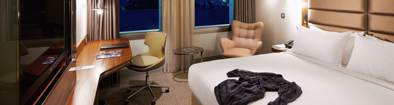 deluxe-room-city-view