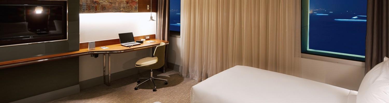 deluxe-room-2-beds