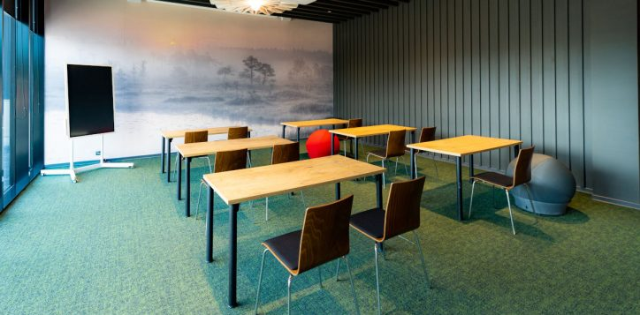 ibis_tallinn_center_meeting_room_gallery