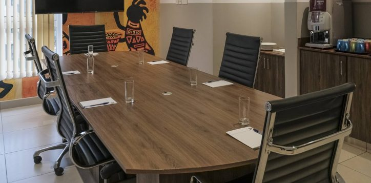 meeting-room-ibis-styles-hotel-nairobi