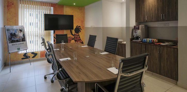 meeting-room-ibis-styles-hotel-nairobi-2