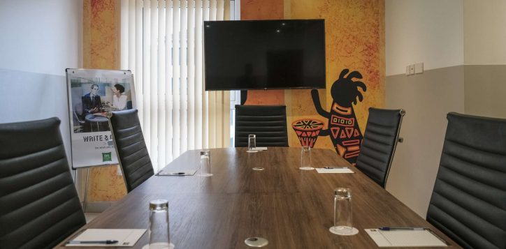 meeting-room-ibis-styles-hotel-nairobi-3