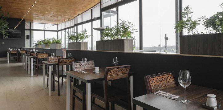 top-floor-restaurant-ibis-styles-hotel-nairobi-9