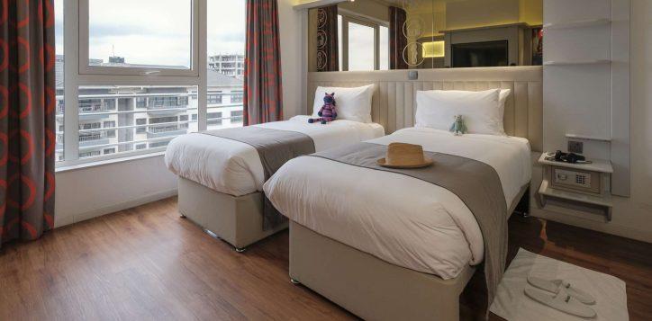 twin-room-ibis-styles-hotel-nairobi-4