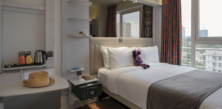 double-room-ibis-styles-hotel-nairobi-2