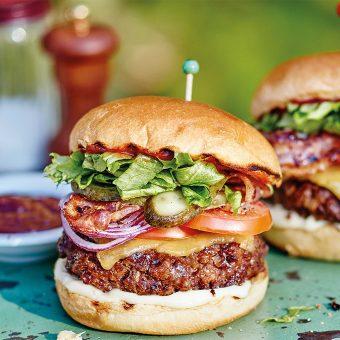 saturday-burger-night