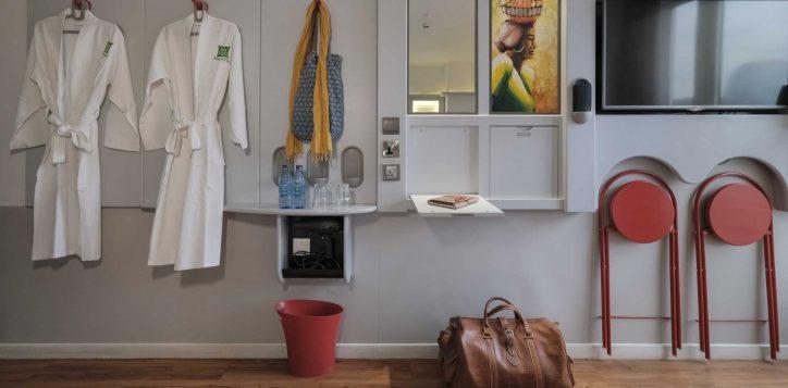 family-room-ibis-styles-hotel-nairobi-6