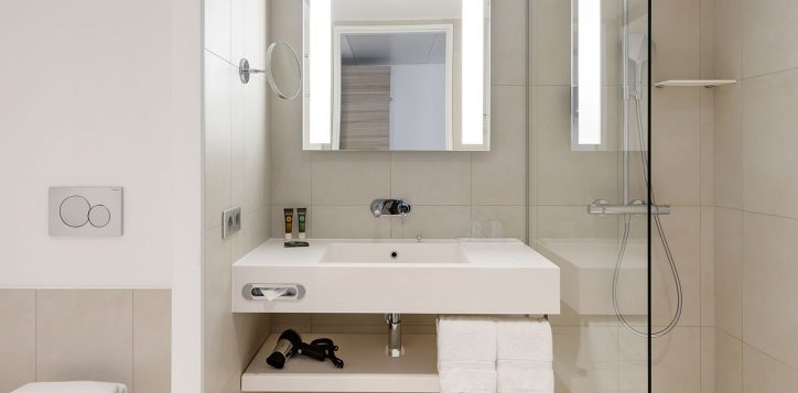 standard-family-room