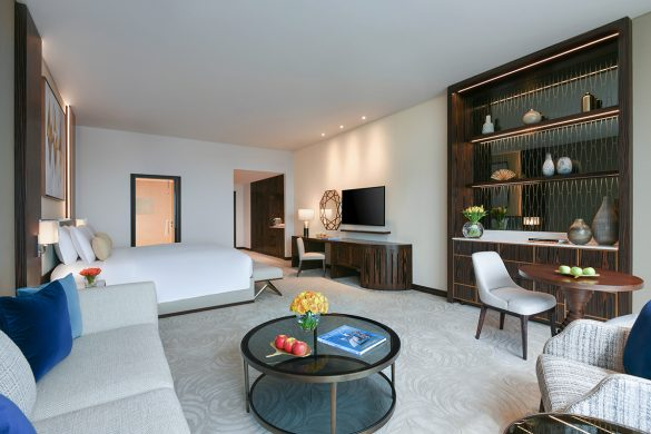 luxury-club-room