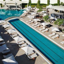 Soleil Pool Lounge x