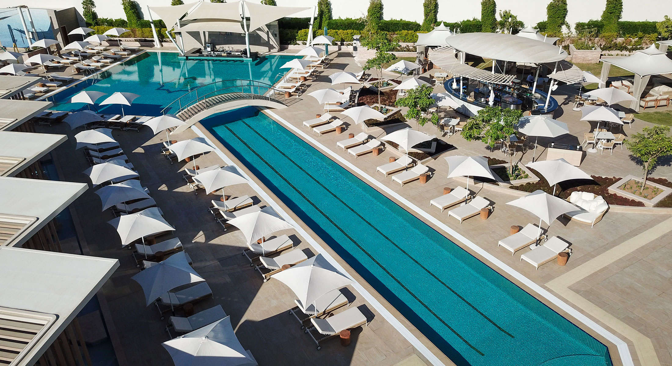 soleil-pool-lounge