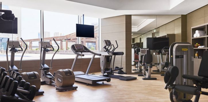 fitness_studio_001