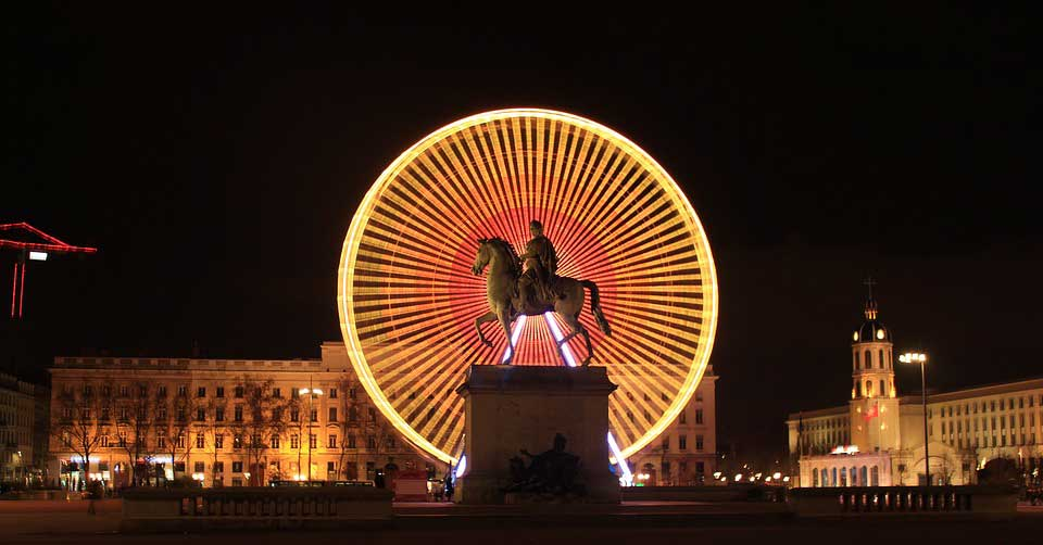 place-bellecour-and-surroundings