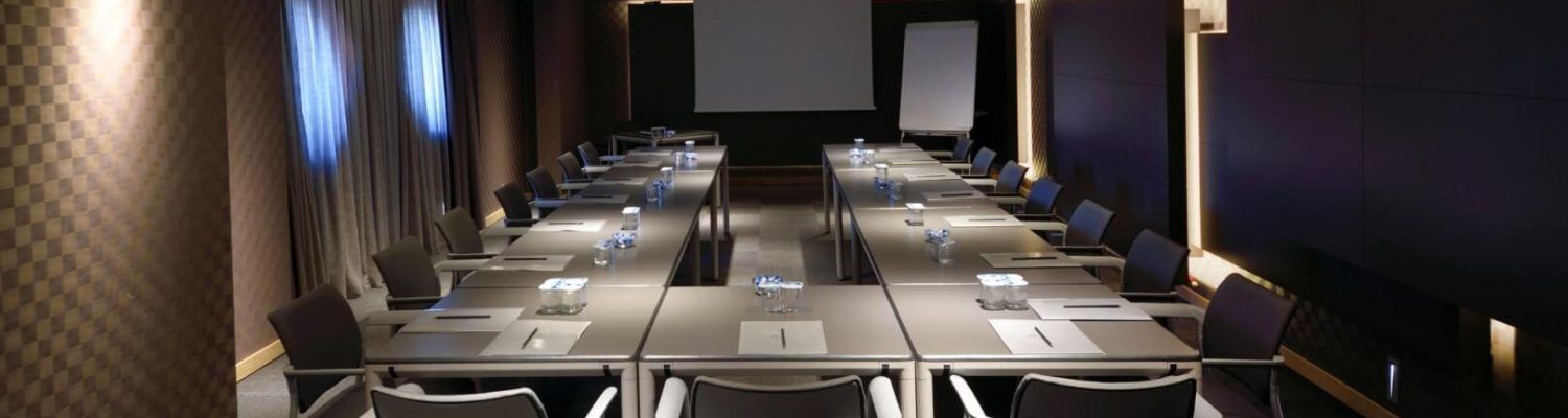 voyager-meeting-room