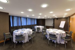 mercure hotel istanbul the plaza discovery meeting room