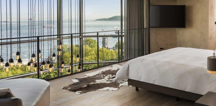 8-signature-loft-two-bedroom-terrace