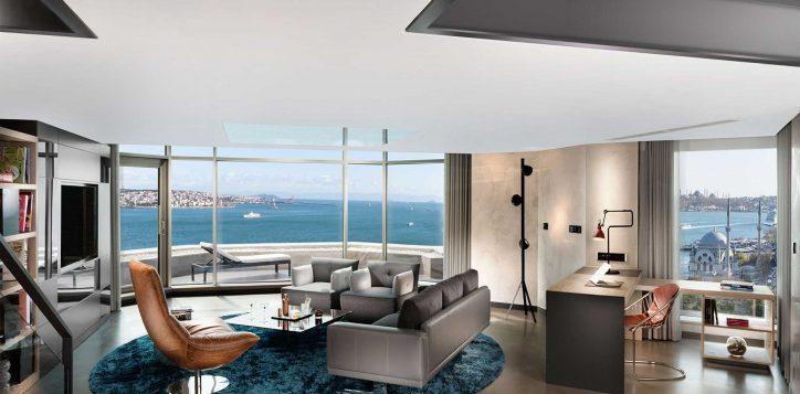 9-signature-loft-two-bedroom-terrace