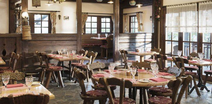 17-chalet-restaurant