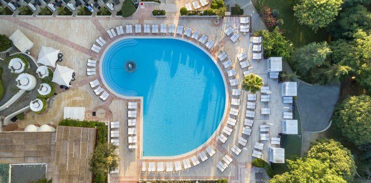 32-outdoor-pool