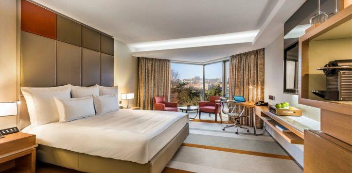 swiss-executive-room-with-garden-view_bedroom