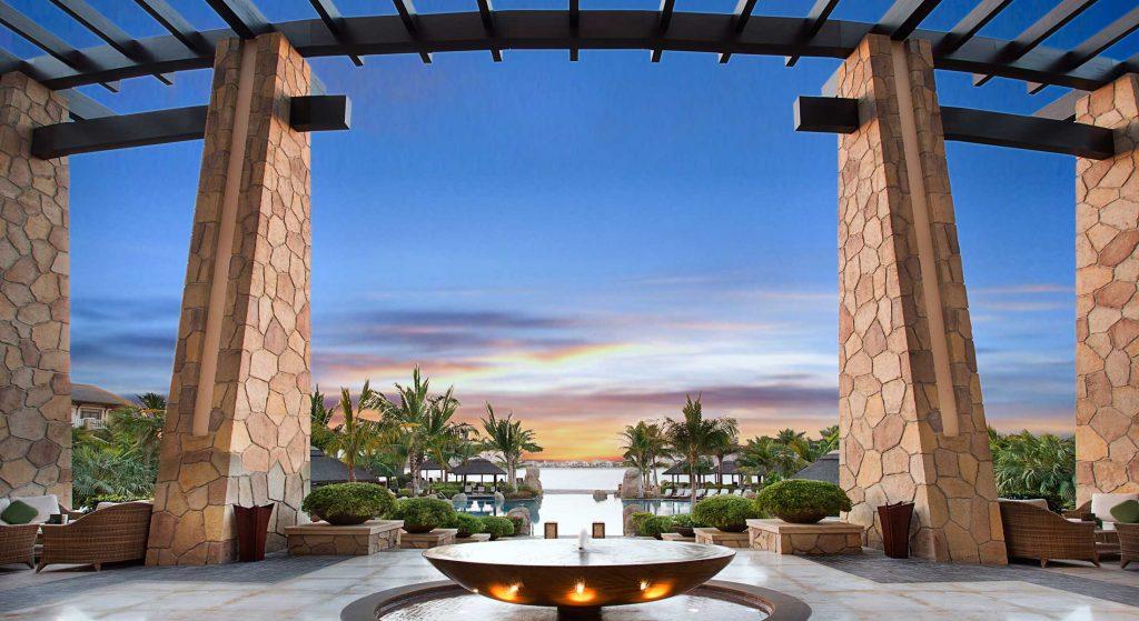5 Star Beach Resort - Sofitel Dubai The Palm Resort & Spa
