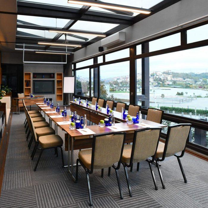 Aziyade meeting room