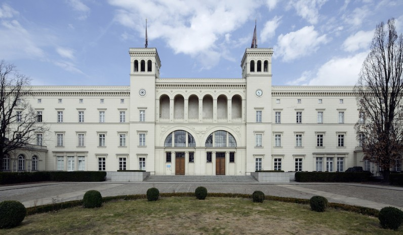 free-entry-20-years-of-hamburger-bahnhof
