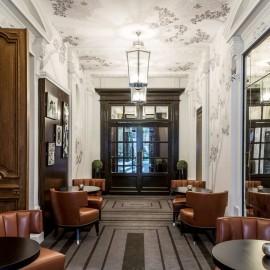 Entr e du restaurant du restaurant Blossom et du Bar du Faubourg bis rue Boissy d Anglas Paris