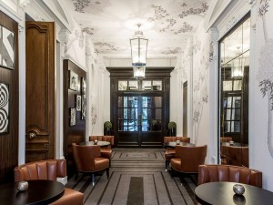 Entrée du restaurant du restaurant Blossom et du Bar du Faubourg - 11 bis rue Boissy d'Anglas Paris 8