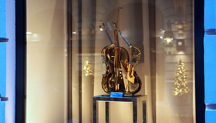 exhibition-arman-and-music
