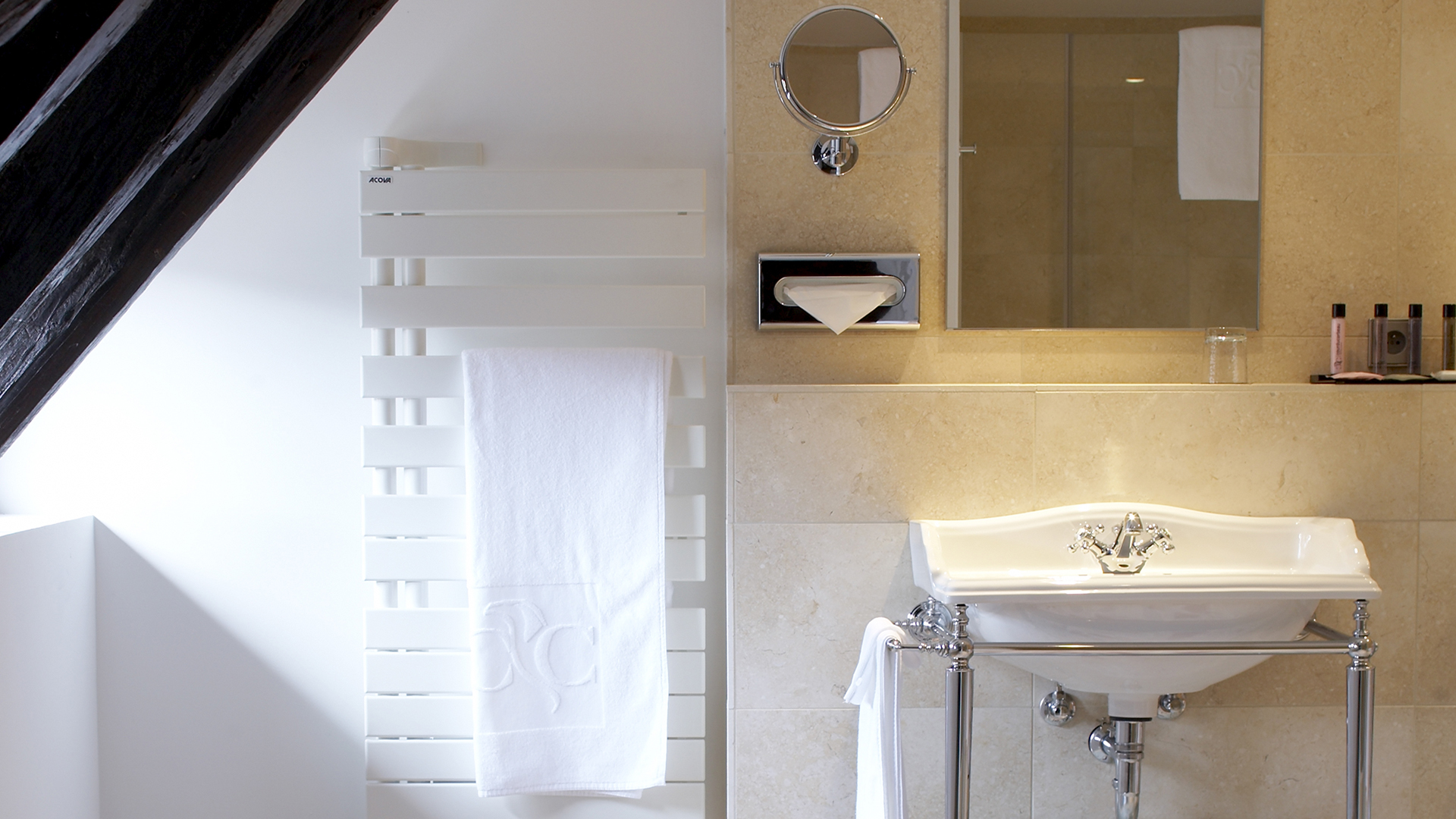 Hotel Cour du Corbeau Strasbourg - MGallery - Hotel Cour du ...