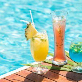 Infini Pool Lounge