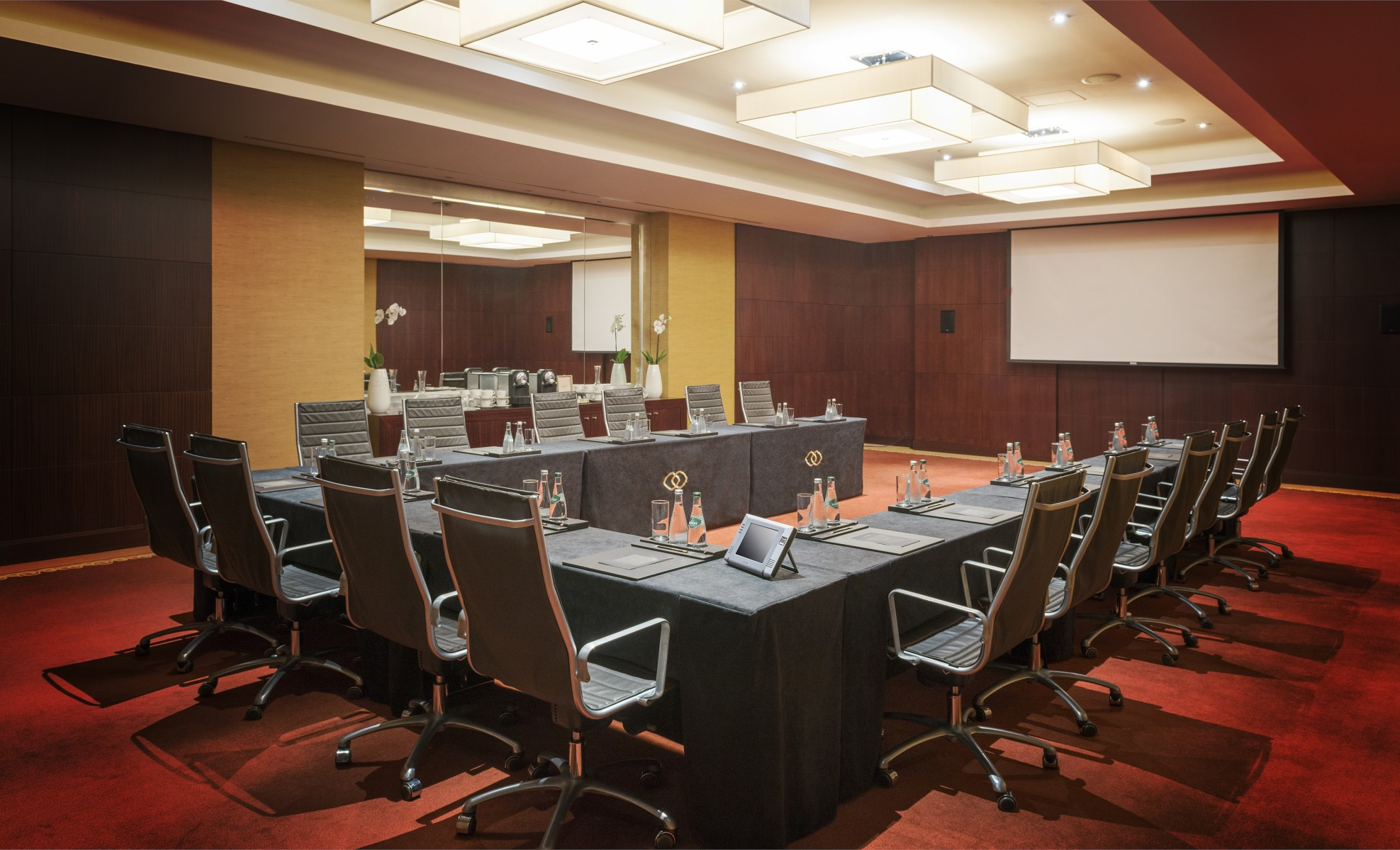 Sofitel Dubai Jumeirah Beach - Magnifique Meeting Rooms