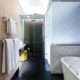 gallery Classic Room Bathroom