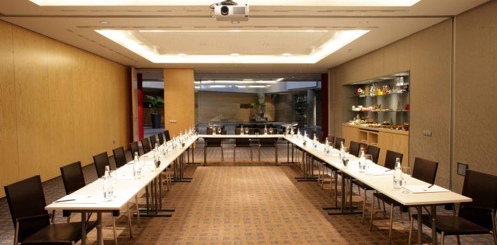 pullman_barcelona_skipper_corporate_event_thumb-2-2