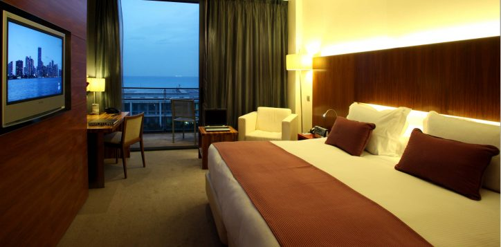 pullman_barcelona_skipper_rooms_and_suites_thumb