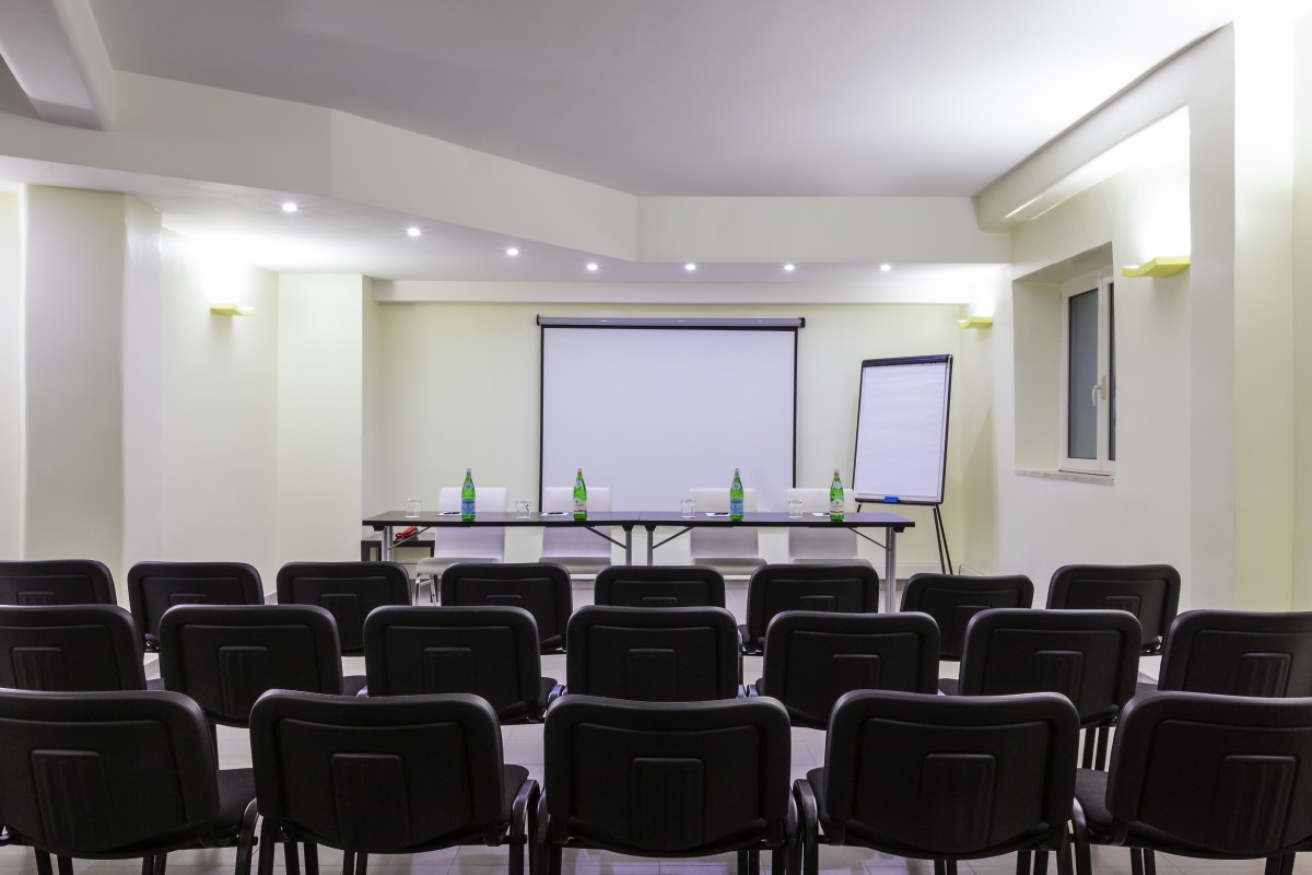 white-meeting-room