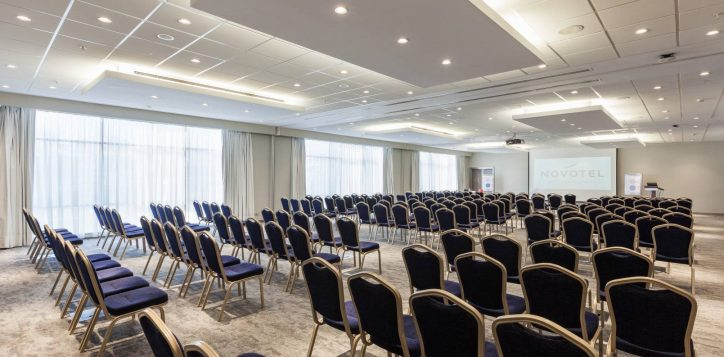 novotel_zeytinburnu_meeting-room-9